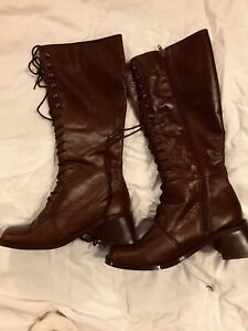 Newport News Brown Leather Upper Side Zip Front Tie Womans Boots 8 M