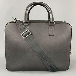 LOUIS VUITTON Black Leather Taiga Porte Documents Briefcase