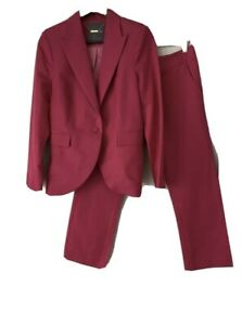 Gorgeous Camilla And Marc Pink Pant Suit