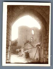 France, Dordives (Loiret), Ruines du Château Féodal  Vintage silver print.  Ti