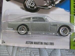 Hot Wheels  Aston martin DB5 MOC
