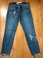 Hidden Embroidered Bird Raw Hem Skinny Ankle Jeans Size 26