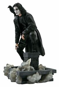 The Crow Brandon Lee Figur Statue 25 cm  Eric Draven Vorbestellung Pre order