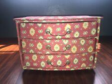 Boite à bijoux ou couture vintage forme commode recouverte de tissu provençal