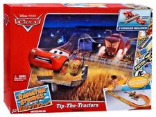 Disney Cars Radiator Springs Classic Tip-The-Tractors Diecast Car Track Set