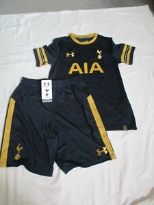 Tottenham Hotspur Football Top (Used) & Shorts (New with Label) (size YLG)