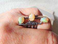 Opal Ring 925 Sterlingsilber, schwarz rhodiniert, Krappen 585 Gelbgold vergoldet