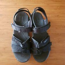 Teva Size 3 Black Sandals
