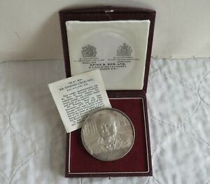 1965 WINSTON CHURCHILL 58mm SILVER PROOF MEDAL - by kovacs