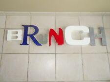 ancienne lettre enseigne mot BRUNCH restaurant café design deco vintage PARIS