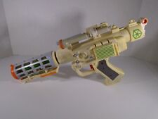 2004 HASBRO--STAR WARS--GENERAL GREVIOUS ELECTRONIC WHITE BLASTER GUN (LOOK)