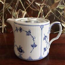 Royal Copenhagen Fluted Ribbed/blue Fluted Teapot 0 7 Liter