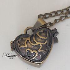 Bronzo medaglione a cuore ciondolo pnedente collana. witch magici