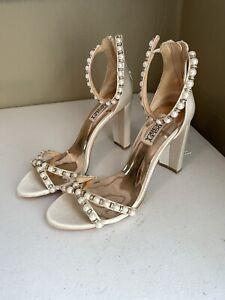 Badgley Mischka Hooper Bridal Block Heels Pearls Ivory 7