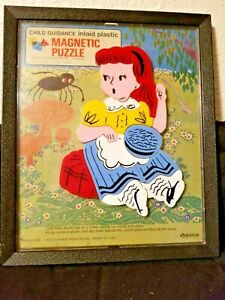 Vintage CHILD GUIDANCE TOY Plastic MAGNETIC PUZZLE # 945 Miss Muffet 14 Pieces