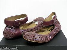 Tsubo Hedi Snake Burgundy Women Flat US 7