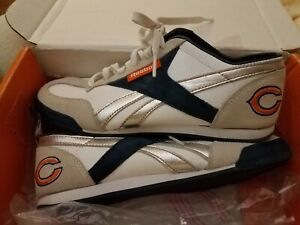 Chicago Bears NFL Reebok Women's White Embroidered Logo Lace Up Athletic Shoe