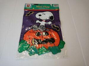 "Peanuts HALLOWEEN SNOOPY MINI FLAG 11"" x 16"" NOS NEW"