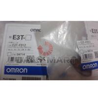 New Omron E3T-FT12 E3TFT12 Transducers Switch Sensor Photoelectric 12-24VDC 2M