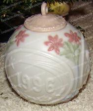 Lladro Bola Navidad Christmas Ornament (16298) 1996, Porcelain