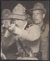 YZ3635 Alpini sparano al tiro a bersaglio - 1930 Fotografia d'epoca - Old Photo