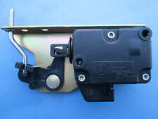 JAGUAR XJ8 XJ8L VANDEN PLAS FUEL DOOR ACTUATOR 1998-99-00-01-02-2003