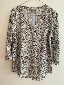 SUZANNE GRAE Floral 3/4 Sleeve Top - Size S - NEW