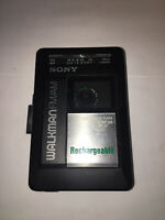 Sony FM/AM Cassette WalkmanWM-AF29 W/Battery Lid Player Does Not Work Parts Only