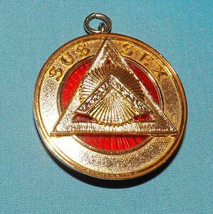 Royal Masonic - Sussex Royal Arch Past Provincial Collarette Jewel.