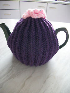 """Loganberry Ribbed Teapot cosy 3 flower posie on the top,19"""" diameter pot,7.5"""" H"""