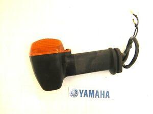 YAMAHA FZS 600 FZS600 FAZER RIGHT REAR INDICATOR WINKER 2001 - 2005
