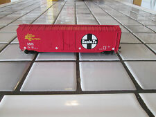 bachmann Santa Fe 50 foot box car Ho scale