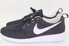 b45cd7c4b9b05 Nike ROSHERUN Men Size 11.5 BLACK WHITE New Rare Authentic Comfortable Run