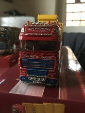 Corgi Modern Trucks Daf 105 With Skip Load