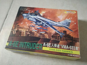 Dragon 4569 1/144 A-6E Intruder RARE!