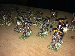 47 Painted 1/72 - LOTR Orc Raiding Party  w Command - Trolls - Wargs w Riders !