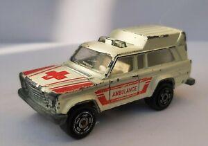 Majorette France. Jeep Wagoneer Ambulancia a Escala 1/64