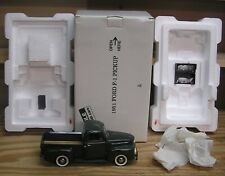 Danbury Mint 1/24 Scale Green 1951 Ford F-1 Pickup Truck
