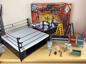 WWE 2002 Wrestling Jakks Pacific Backlash Action Ring In Box With Accessories