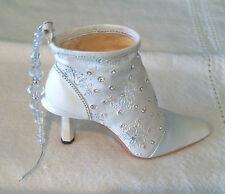 Just the Right Shoe ~ Let It Snow - 2001 Ornament No Coa