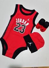 Unisex Baby Outfits & Sets