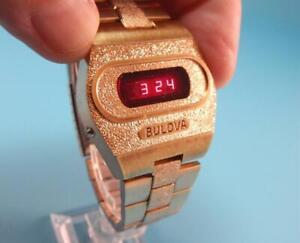 Terrific BULOVA ACCUQUARTZ 'Big Block' Vintage Red LED Men's Watch ~Works Great!