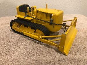 1/24 Vintage Caterpillar D8 Bulldozer Tractor by Reuhl Toys, Ruehl Toy