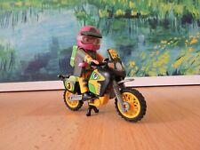 Playmobil 4426 Motorradfahrer mit Rucksack und Busch