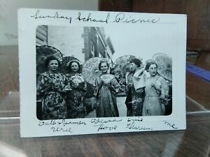Vintage Photo Group Women Dressed Traditional Japanese Clothes Fans Umbrella L11
