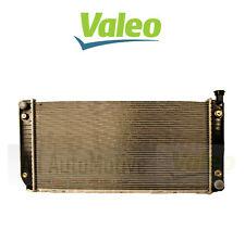 Radiator fits Chevy Blazer C1500 C2500 C3500 K1500 K2500 Valeo 376047