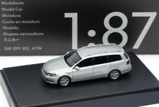 VW PASSAT 3C B7 VARIANT ESTATE HIGHLINE REFLEX SILVER 1:87 WIKING (DEALER MODEL)