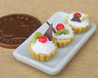 1:12 Scale Ceramic Tray Of 3 Kiwi & Wafer Cup Cakes Dolls House Accessory PL60