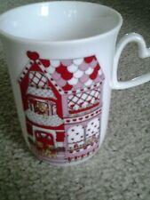 Enesco Lucy & Me Bears 1981 Valentine House with Heart Handle Porcelain Mug Htf