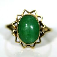 Vintage Jade Cabochon 9ct Yellow Gold ring size K ~ 5 1/4